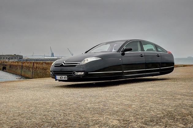 Aeromobiles-voiture-volante-Sylvain-Viau-4