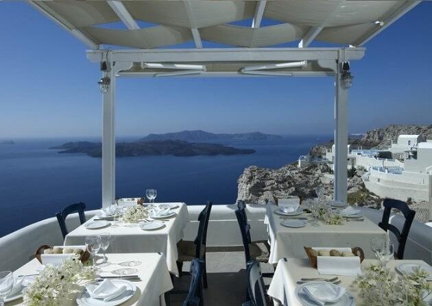 Restaurant-insolite-Caldera, Santorin, Grèce