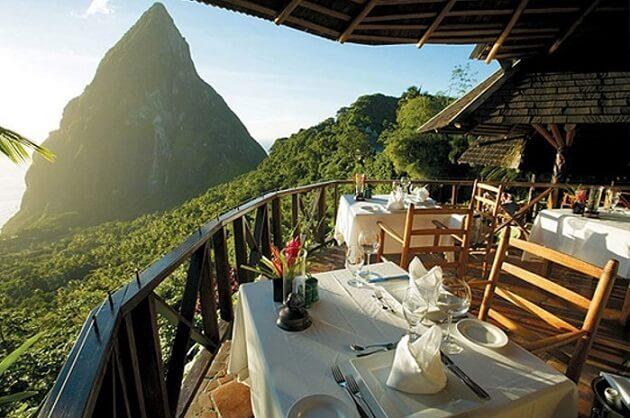 Restaurant-insolite-Dasheene, Sainte-Lucie, Antilles