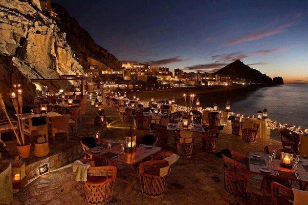 Restaurant-insolite-El Farallón, Cabo San Lucas, Mexique