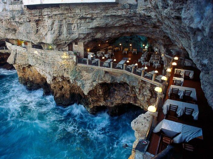 Restaurant-insolite- Grotta Palazzese, Puglia, Italie