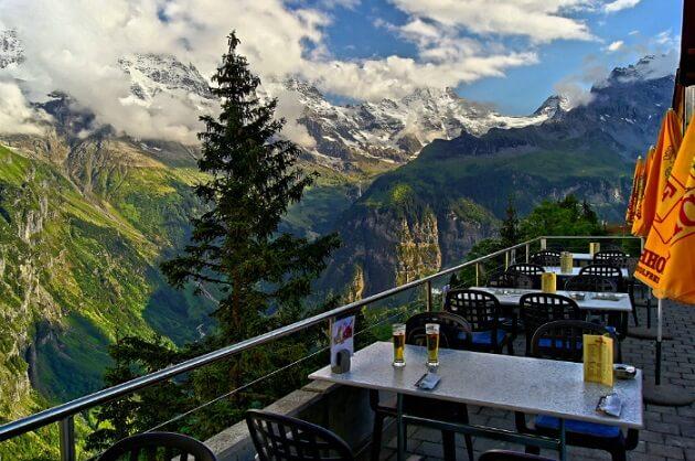 Restaurant-insolite-Hotel Edelweiss, Mürren, Suisse