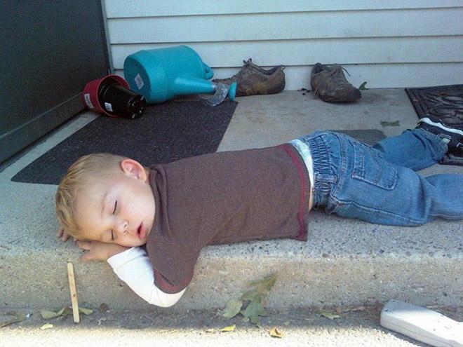 Burnout-Enfant-Dormir-partout-10