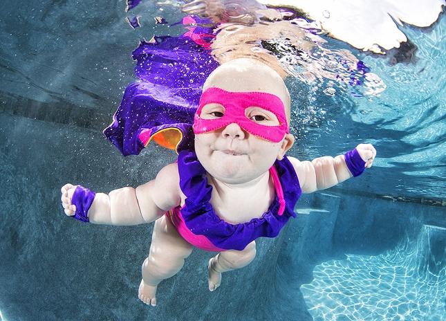 cours-natation-BEBE-piscine-enfant-danger-5