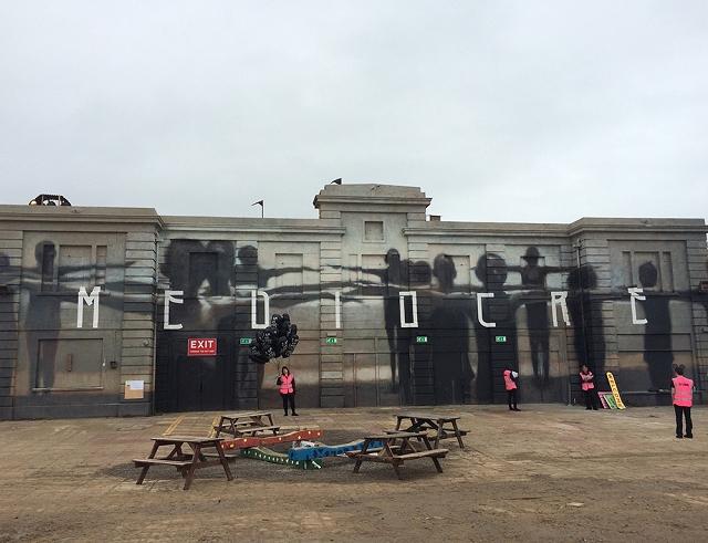 PArc-Attraction-Dismaland-Banksy-11