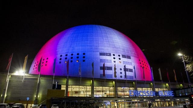 Ericsson Globe Stockholm  - Hommage attentat 13 novembre 2015 Paris