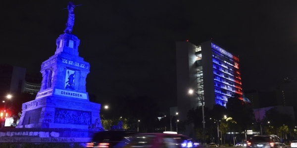 Le sénat mexicain à Mexico City - Hommage attentat 13 novembre 2015 Paris 3