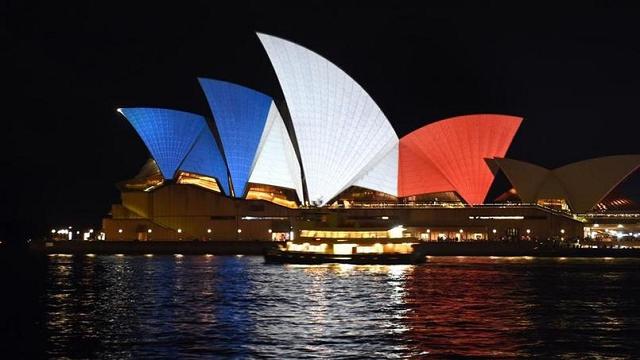Opéra de sydney Australie - Hommage attentat 13 novembre 2015 Paris 1