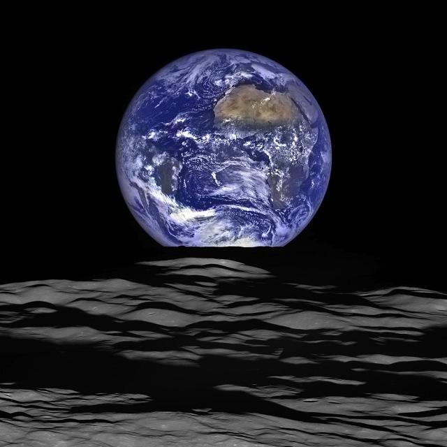 lever de terre de puis la lune