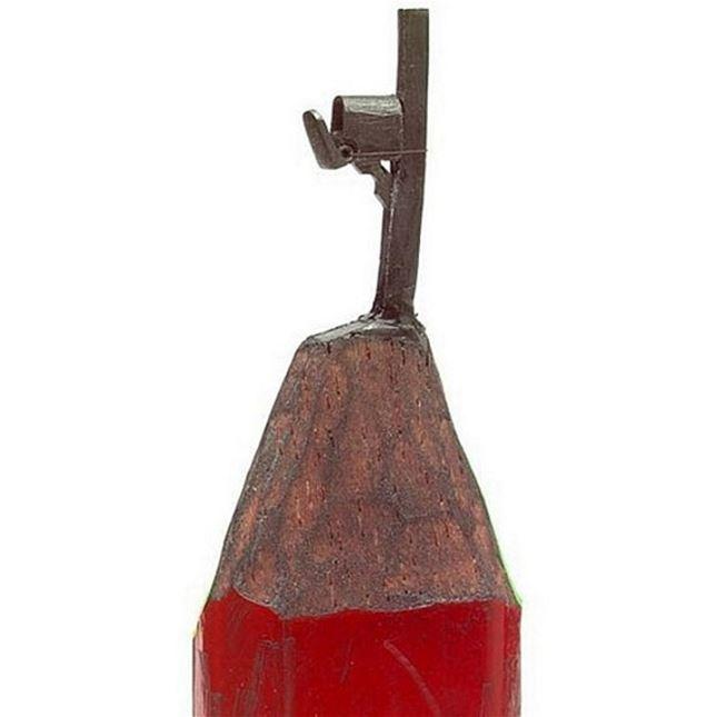 Sculpture-mine-crayon-Dalton-Ghetti-12