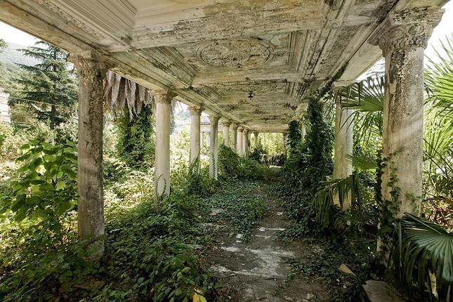 Une gare abandonnée en Géorgie