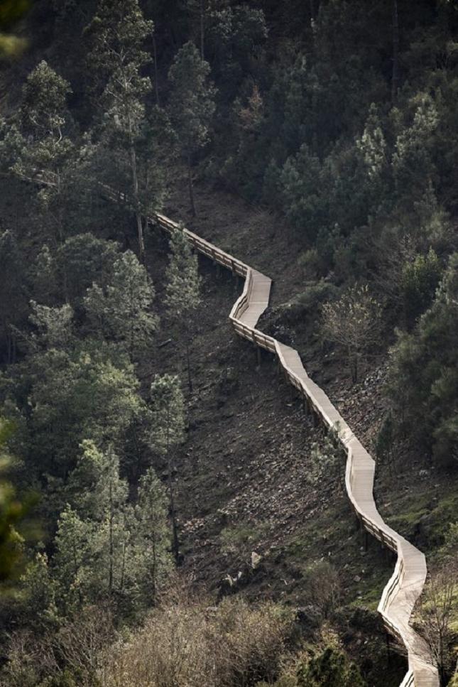 excurtion -Portugal-passerelle en bois8