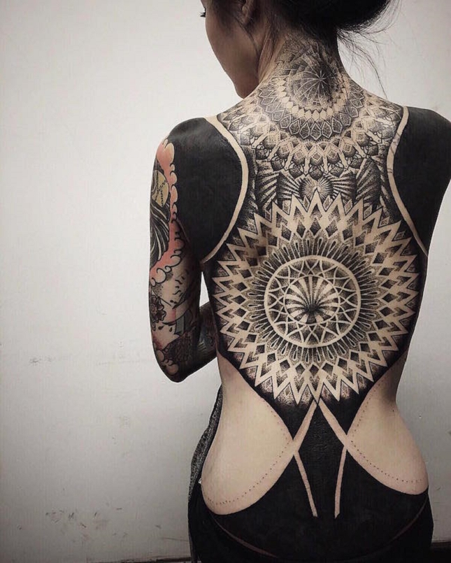 tatouages blackwork-9